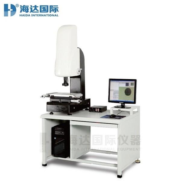 آلات القياس البصرية