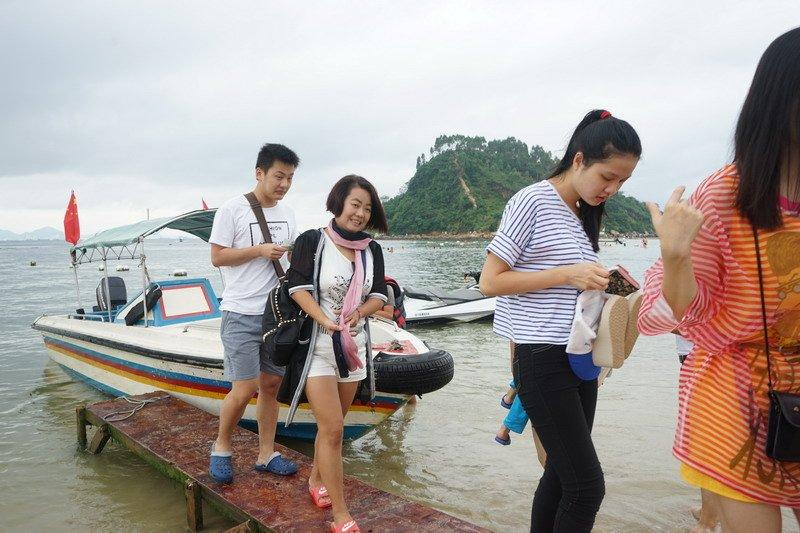 The beach tourism4