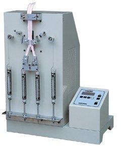 Reciprocating zipper pull strength test machine