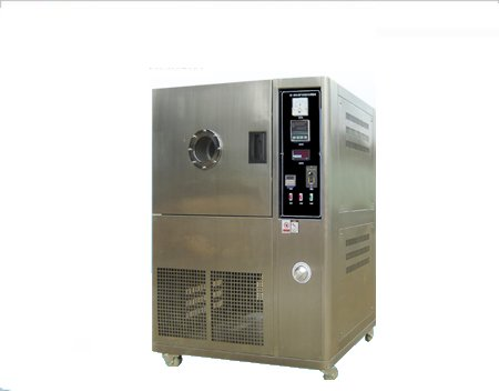 Ventilation type aging testing chamber