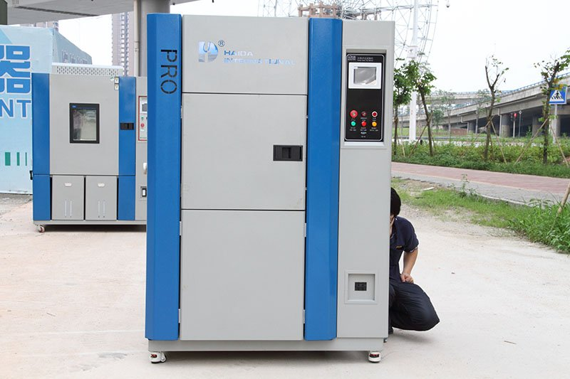 Temperature Cycle Test Chamber