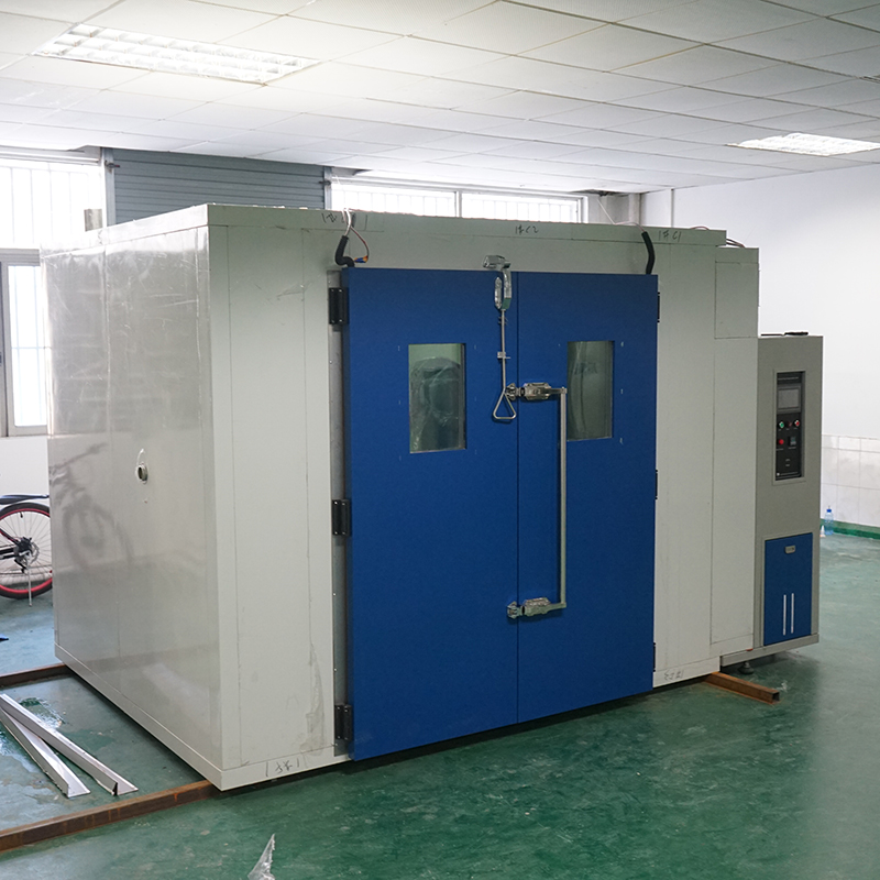 Walking-in type temperature humidity test room