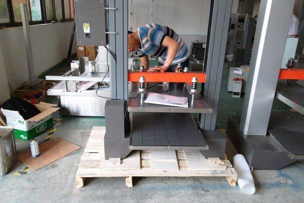 Small Carton Compression Testing Machine